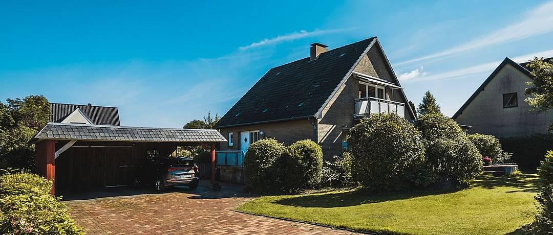 Vorschaubild der Immobilie: Für Kapitalanleger | Charmantes Einfamilienhaus mit Einliegerwohnung in Ostseenähe
